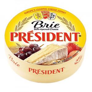 Sūris su baltu pelėsiu 60 % President  1 kg